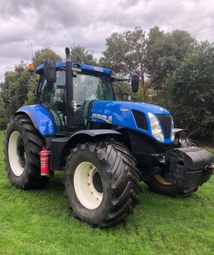 2016 New Holland T7.220 Tractor