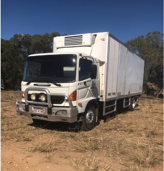 Under Auction - 2006 Hino FG 500 Body Truck - 2% + GST Buyers Premium On All Lots