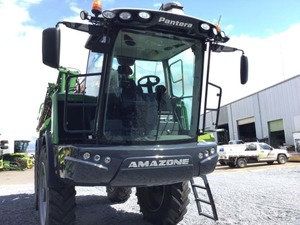 2016 AMAZONE DEMO SP SPRAYER - ONLY 600 HRS - Priced to Sell! Finance Rates starting from 1.99%.