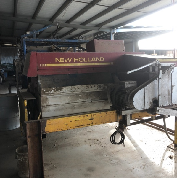 Under Auction - (A146) - New Holland 417 Baler - 2% + GST Buyers Premium On All Lots