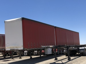 2005 Freighter 34 Pallet Tautliner Combination