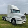2007 Freightliner Columbia Day Cab Prime Mover
