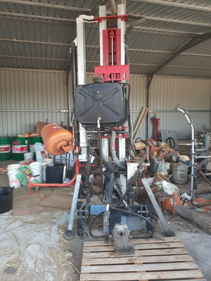 **SOLD** Elgra 89 Percussion Post Driver, 4 in Auger & Independent Hydraulic Pump
