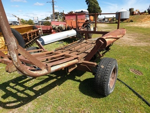 Squire Hydraulic Bale Feed Out Wagon