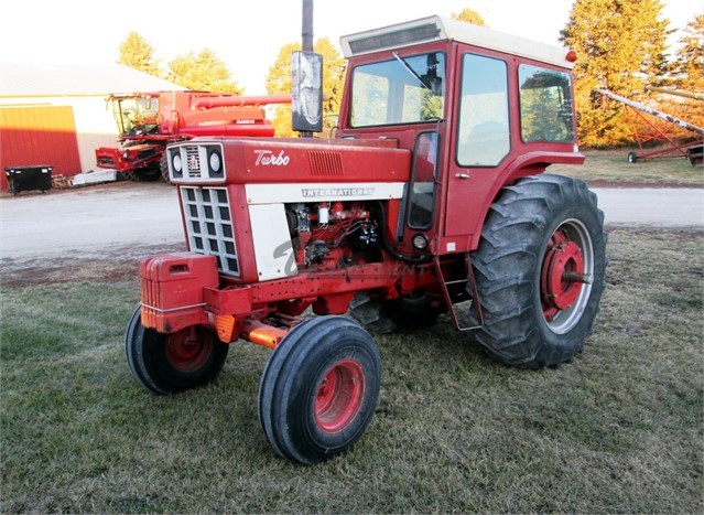WANTED International 1466 Tractor