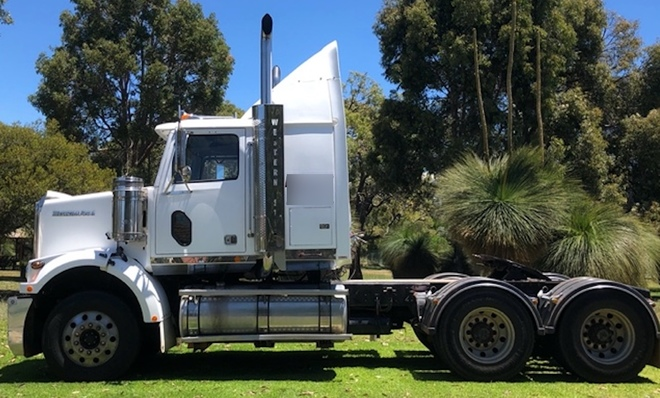 2010 Western Star Prime Mover
