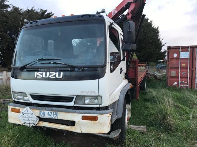 Isuzu FVR 950 Turbo Tray Top Crane Truck .