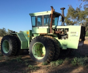 Under Auction (A127) - Steiger 280 Cougar Tractor