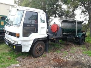 Under Auction - (A152)  ISUZU V260 Water Tanker/Dairy Tanker - 2% + GST Buyers Premium On All Lots