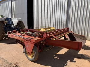 New Holland 461 Haybine Mower Conditioner