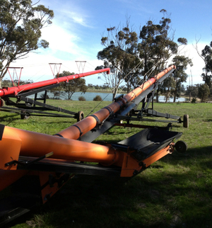 Batco 85ft by 15 inch belt Swing Away