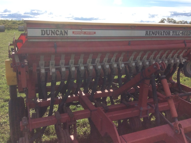 Under Auction - (A146) - Duncan Renovator Till Seeder - 2% + GST Buyers Premium On All Lots