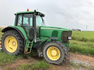 Under Auction - (A130) - 2002, John Deere 6520 Tractor - 2% + GST Buyers Premium On All Lots