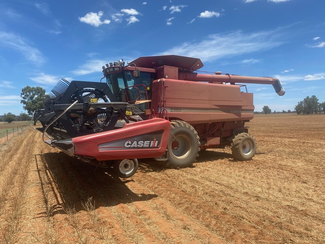Case 2388 Header with 2152 30' Windrower Front