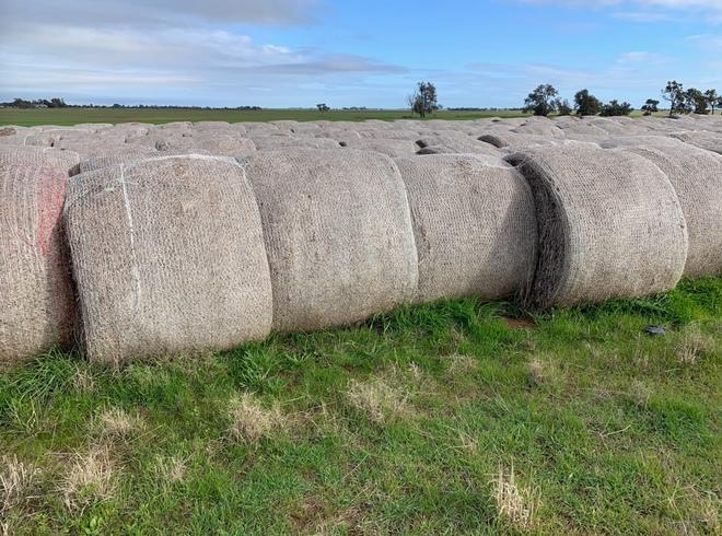 400 x Pea Straw 5x4 Rolls