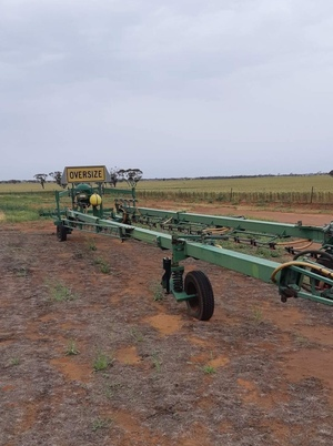 30m Goldacres Trailing Sprayer
