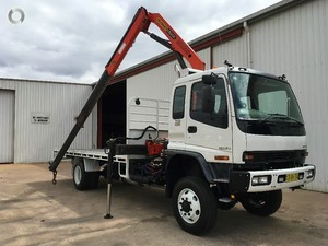 WANTED Isuzu Truck with Hiab Crane with approx 18 ft Tray