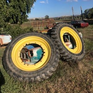 John Deere Tractor Inner Wheels