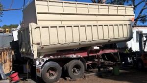 SEMI TIPPER FOR SALE OR HIRE