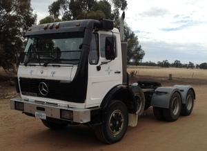 Mercedes Benz Prime mover 1425 For Sale