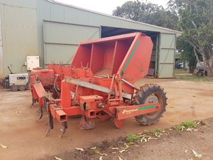 Potatoe Planter and Hiller with Seed Cutter