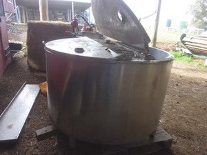 Under Auction - Stainless Steel Vat - 2% Buyers Premium On All Lots - 2% + GST Buyers Premium On All Lots