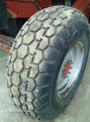 18-4-26 Diamond Pattern Header Tyre
