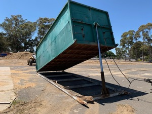25 Cubic Metre – Hydraulic Tipping Skip Bin