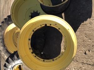 John Deere tractor tyres rims