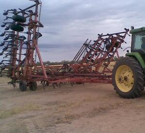 50 Ft Gason 4100 Cultimaster Air Seeder