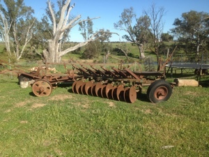Under Auction - (A137) - Disc Plough - 2% + GST Buyers Premium On All Lots