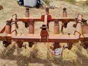 Massey Ferguson Chisel Plough