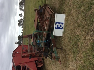 Under Auction - (A129) - Truline Feedout Cart - 2% + GST Buyers Premium On All Lots