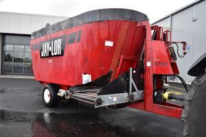 2015 Jaylor 5750 Mixer Wagon