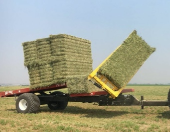 WANTED 12 Big Bale Stacker