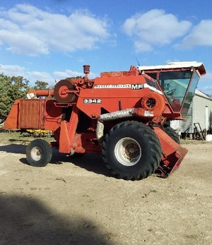 Massey Ferguson 3342 Self Propelled Header