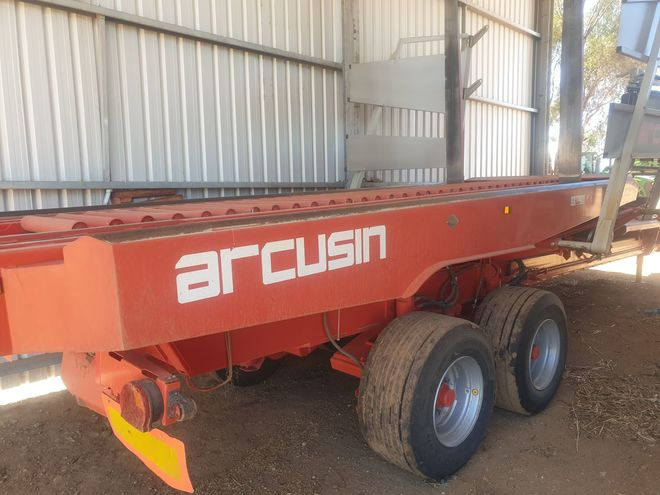 Arcusin 63-72 Auto-Stack stacker bale wagon, Instant Asset Write-off