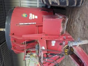 Jaylor Mixer Wagon