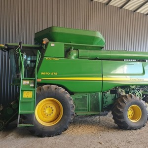 2011 4WD John Deere 9870 STS (Never been in Rice)