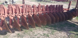 International 14 disc one way plough