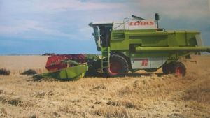 Claas Header, Dominator 86