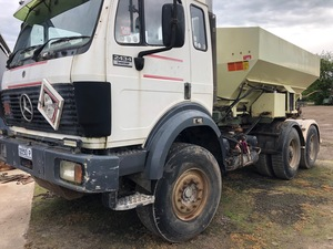 Mercedes Benz Spreader truck/ Marshall Spreader