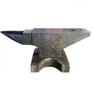 Under Auction - (A131) - New 100 Kg Anvil - 2% + GST Buyers Premium On All Lots