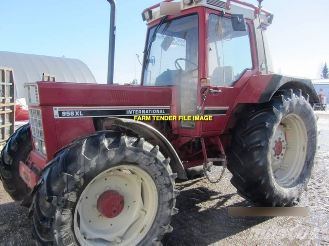 WANTED International 956XL or 1056XL Tractor
