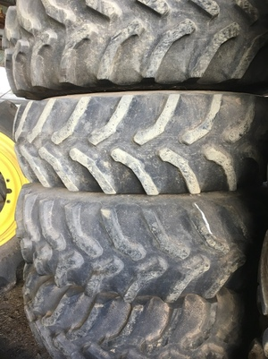 Dual Tyres & Rims 20.8-42 to suit John Deere Header