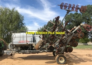 WANTED 25-30ft Bar with Mounted Air Seeder Box