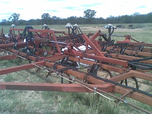 Under Auction - Under Auction (A127) - 50 Ft Gason 4100 Cultimaster Air Seeder - 2% + GST Buyers Premium On All Lots