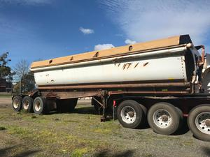 Under Auction - Azmeb Tri-Axle Side Tipper A Trailer - 2% + GST Buyers Premium On All Lots