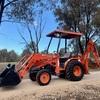Kubota B21 Backhoe / Tractors