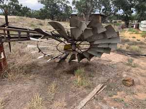 (A140) - Windmill